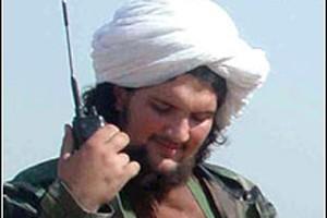 Baitullah Mehsud, le principal dirigeant du Tehrik-e-Taliban (mouvement... (Photo: Reuters)