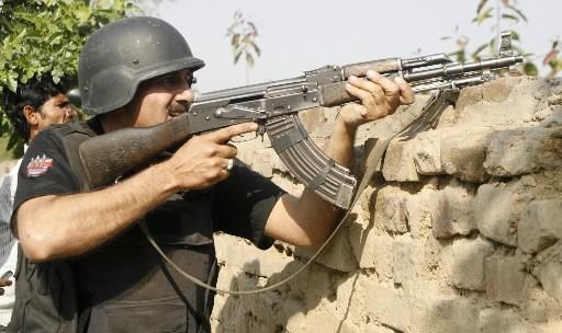 Le chef des talibans pakistanais Baïtullah Mehsud, lié au... (Photo: Reuters)