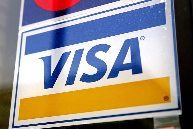 Visa ( (Photo: Bloomberg News)