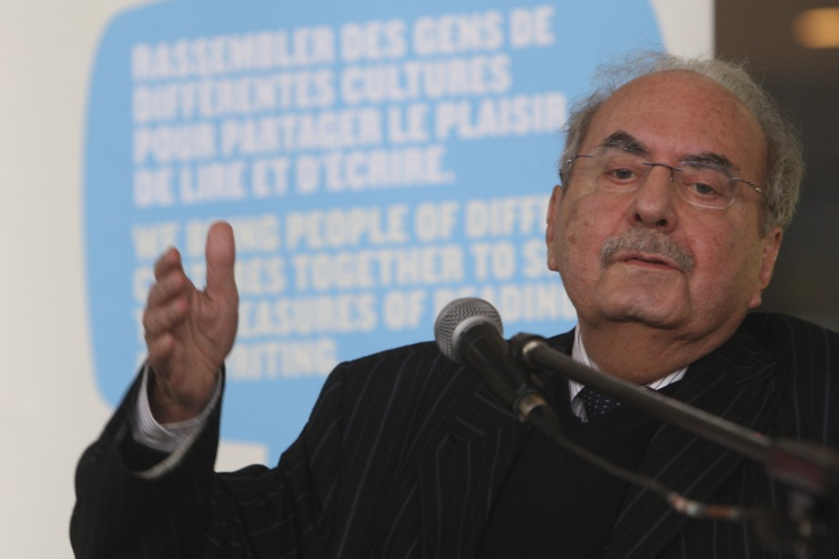 L'acteur montréalais d'origine irakienne Naïm Kattan a lu... (Photo: Martin Chamberland, La Presse)