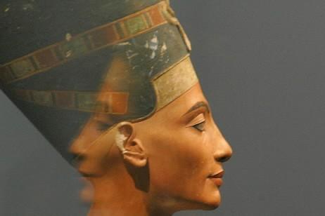 Le buste de Nefertiti... (Photo: Reuters)