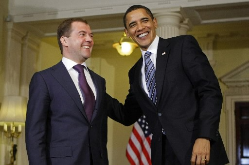 Dmitri Medvedev et Barack Obama... (Photo: AP)