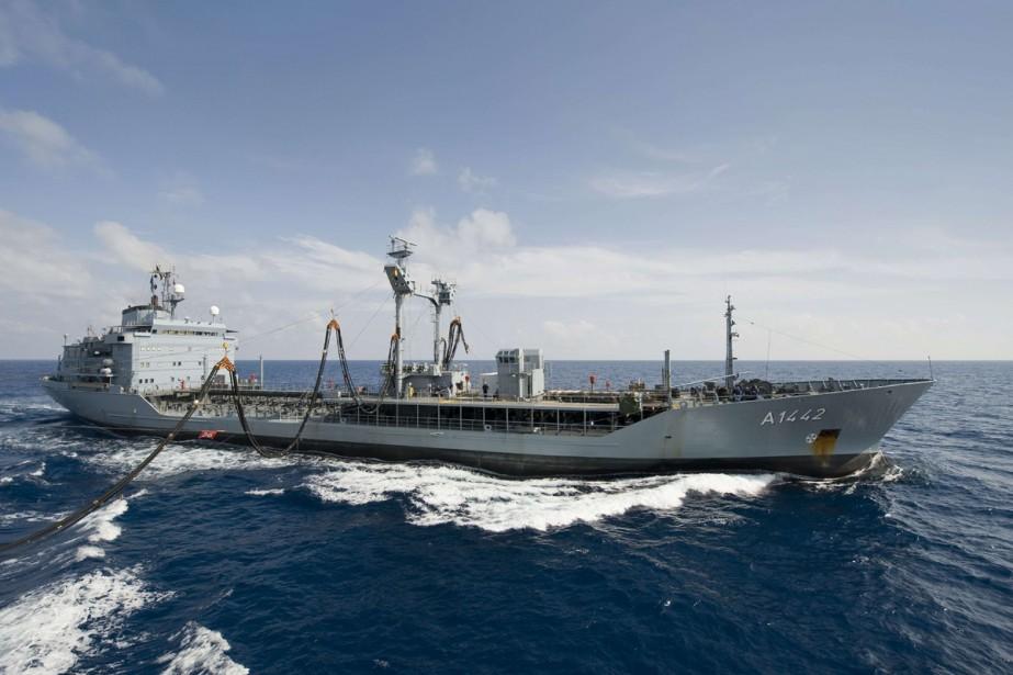 L'équipage du NCSM Winnipeg, de la marine... (Photo La Presse Canadienne)