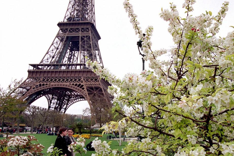 La Tour Eiffel... (Photo: AP)