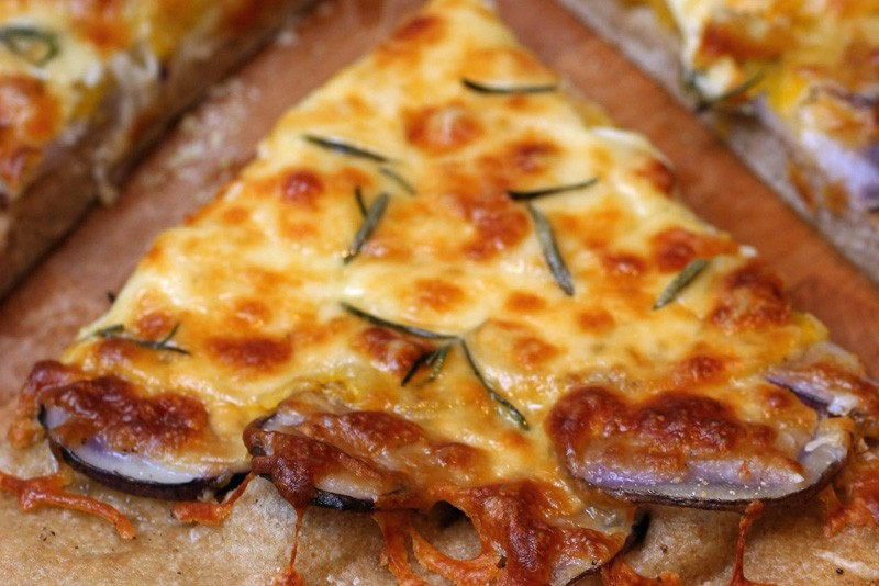La chaîne Domino's a dû distribuer 11 000 pizzas... (Photo: archives AP)