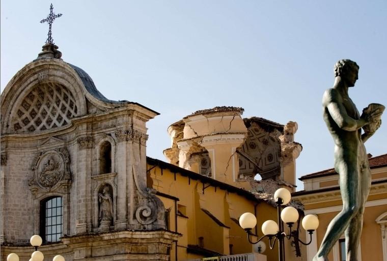 Le dôme de la cathédrale au centre de... (Photo AFP)