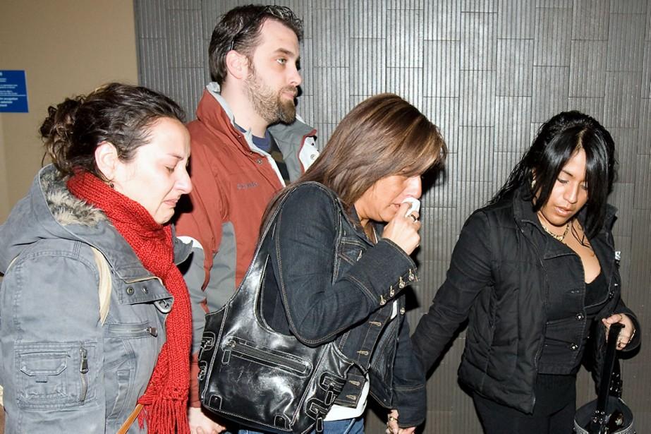Hier, après le verdict, les proches de Karina... (Photo: André Tremblay, La Presse)