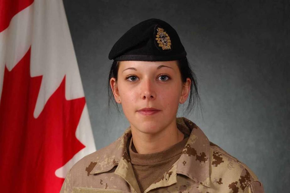 La soldate Karine Blais est décédée après qu'une... (Photo fournie par les Forces armées canadiennes)