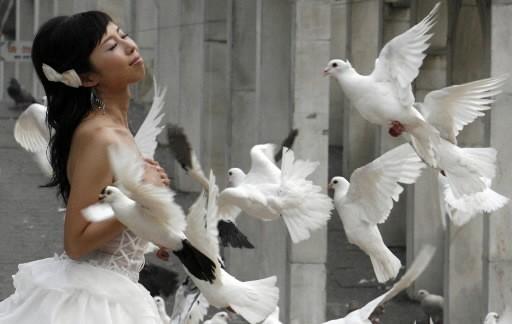 Une jeune mariée chinoise... (Photo: Reuters)