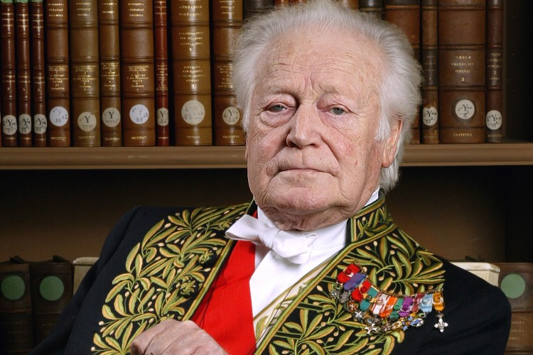 Maurice Druon a reçu le Prix Goncourt en... (Photo: AFP)