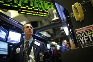 Le Dow Jones a avancé de 95,81 points... (Photo: AP)