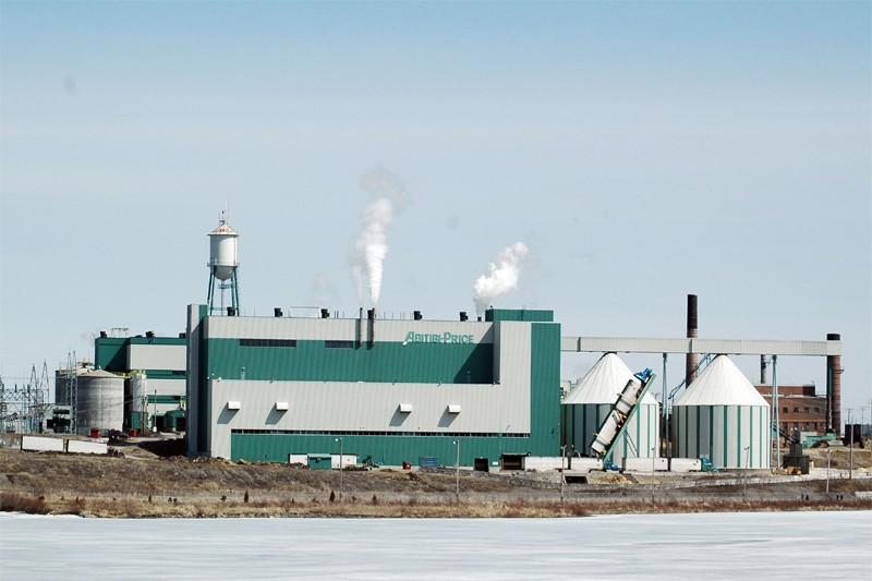 La papetière d'Alma, une usine québécoise d'Abitibibowater... (Le Quotidien)
