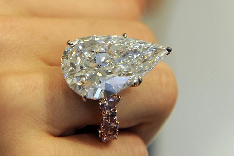 Une bague à diamants de 30.02 carats en... (Photo: archives AFP)