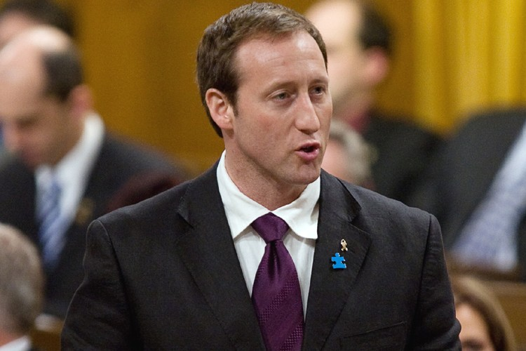 Le ministre de la Défense, Peter MacKay... (Photo: PC)