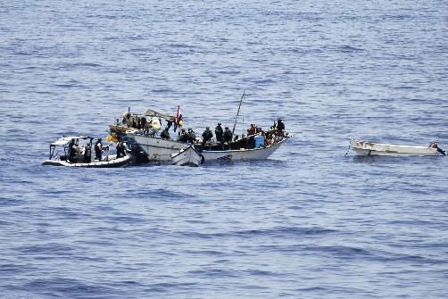 Les forces de l'OTAN ont libéré 20 pêcheurs... (Photo: Reuters)
