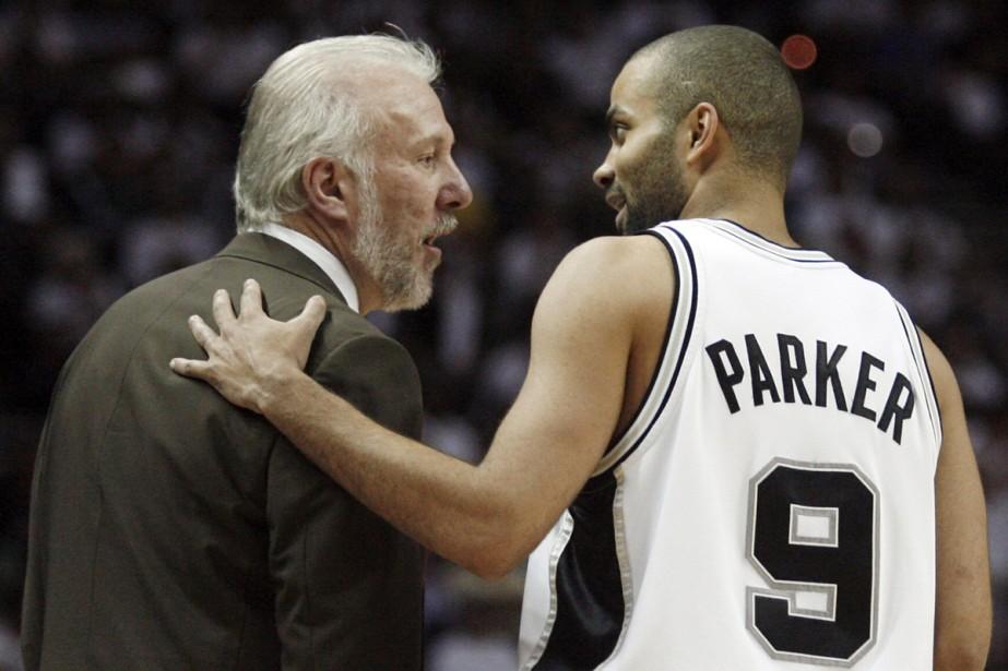 Gregg Popovich et Tony Parker... (Photo: Reuters)