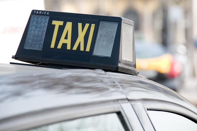 Une centaine de taxis de Stockholm sont depuis vendredi équipés de...