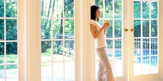 Une pellicule protectrice sur les fenêtres peut diminuer les frais de...