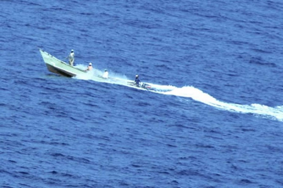 Des pirates somaliens.... (Photo Associated Press)