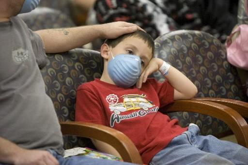 La grippe porcine va coûter 2,3 milliards de dollars au Mexique, a... (Photo: AP)