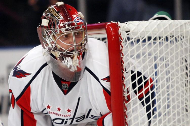 Le gardien recrue des Capitals Simeon Varlamov aura... (Photo: Reuters)