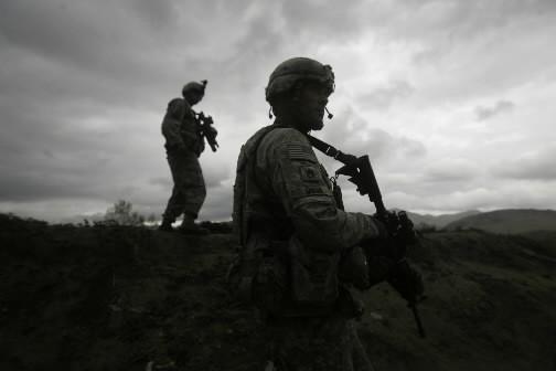 Quatre civils, dont deux enfants de moins de dix ans ont été tués... (Photo: AP)