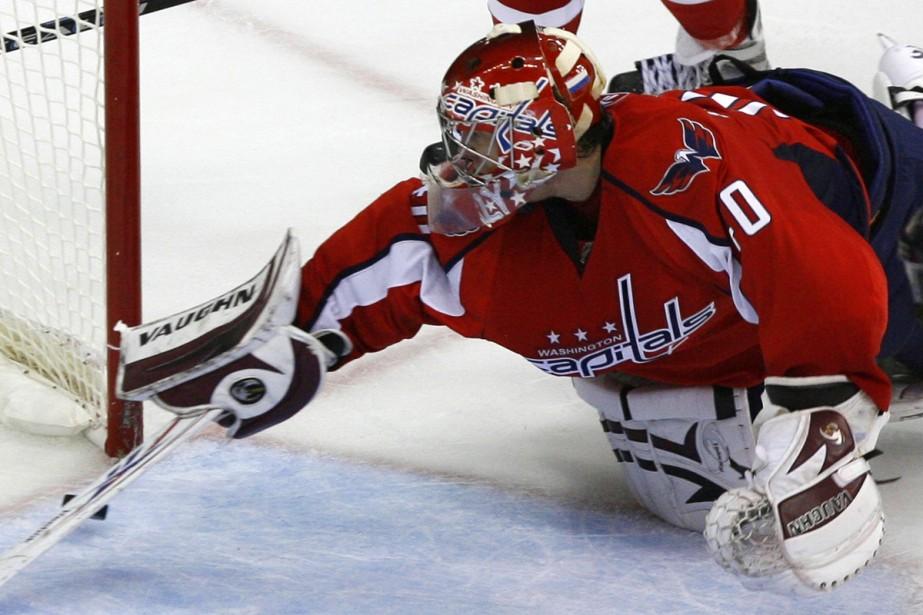 Simeon Varlamov... (Photo: Reuters)