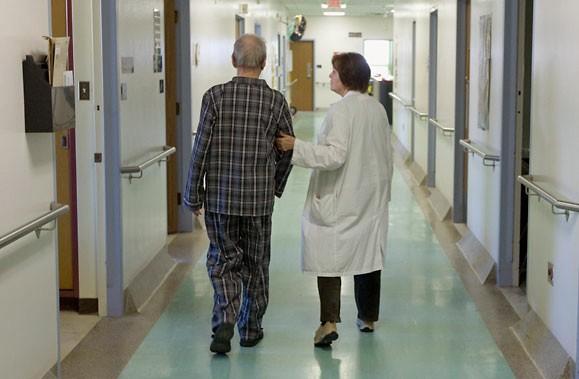 L'AMC recommande que les hôpitaux soient financés proportionnellement... (Photo: Alain Roberge, La Presse)
