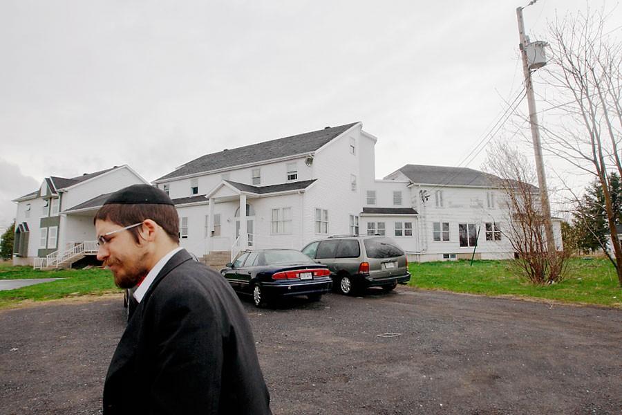 Le rabbin Yehuda Dahan a fondé l'école hassidique... (Photo: Martin Chamberland, La Presse)