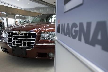 Plusieurs journaux canadiens ont salué vendredi le succès de Magna... (Photo: PC)