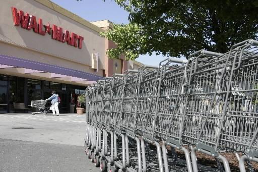 Wal-Mart a dévoilé vendredi un  programme de rachat d'actions de... (Photo: AP)