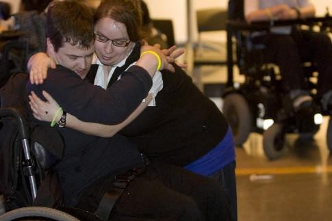 Des jeunes handicapés lors de la soirée Papillon... (Photo: Robert Skinner, La Presse)