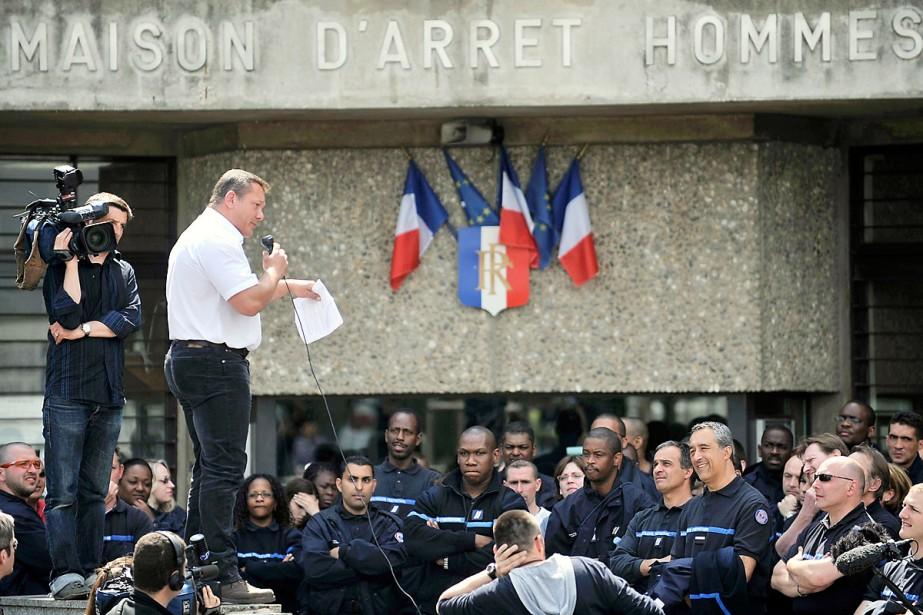 Deux des trois syndicats de surveillants des prisons... (Photo: AFP)