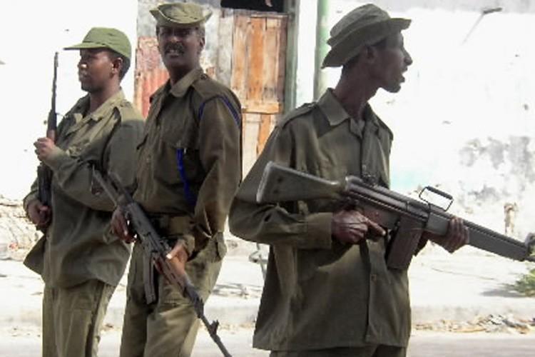 Les soldats somaliens patrouillent dans la capitale.... (Photo)