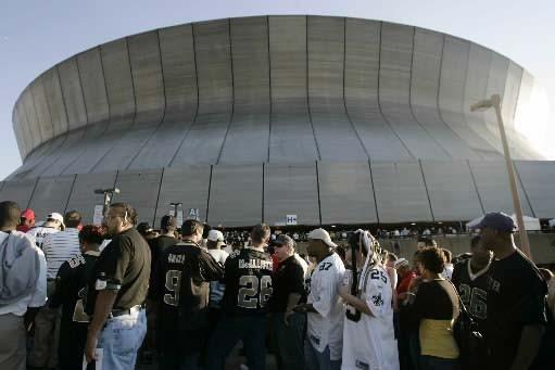 Le Louisiana Superdome, domicile des Saints, a survécu... (Photo Reuters)