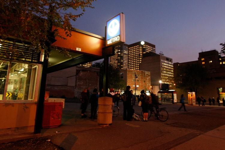 Les responsables du futur Quartier des spectacles ont... (Photo: Martin Chamberland, La Presse)