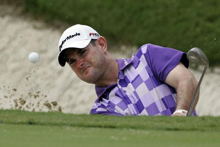 Rory Sabbatini effectue une sortie de fosse de... (Photo: AP)