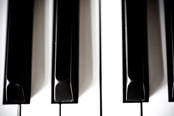 La pianiste espagnole Alicia de Larrocha, qui avait entamé très tôt une...