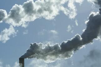 Capter le CO2 des fumées de centrales ou d'usines avant de... (Photo: La Presse)