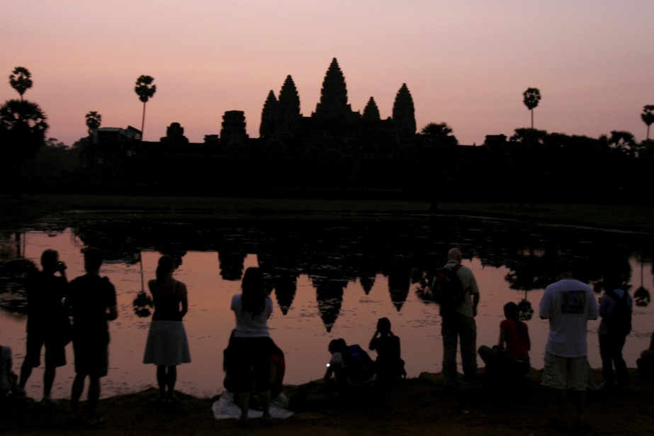 Le site d'Angkor à la tombée de la... (Photo: AP)