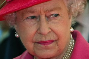 La reine Elizabeth II... (Photo: AFP)