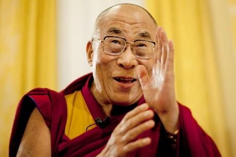 En visite éclair à Montréal, le 3 octobre prochain, le Dalai... (Photo: Reuters)