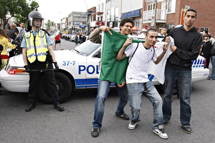 Les policiers ont surveillé de prèscertains membres de... (Photo: François Roy, La Presse)
