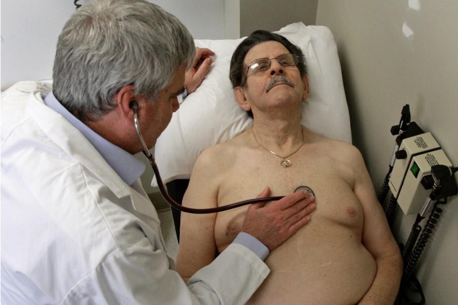 Un pontage coronarien ou une angioplastie ne font aucune différence... (Photo AP)