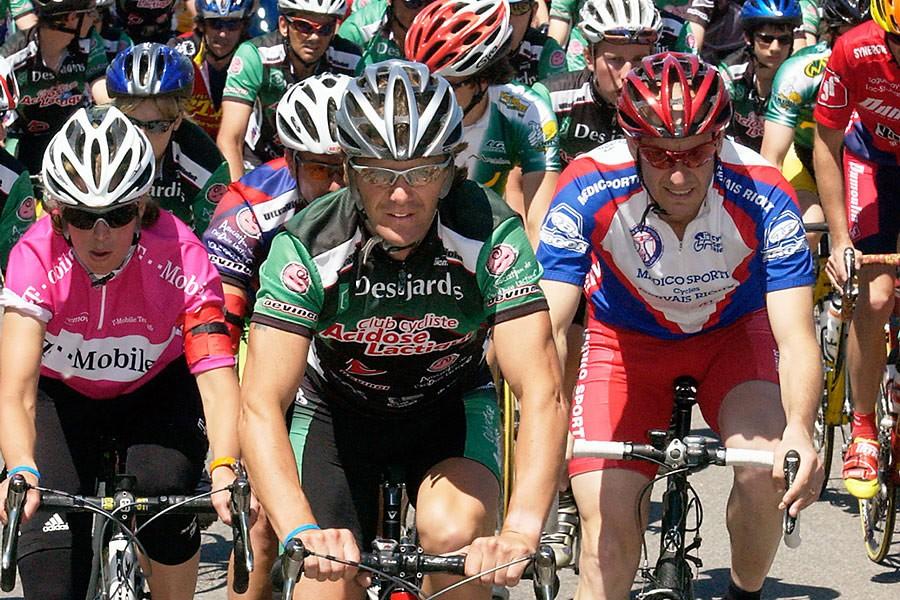 Avec quelque 500 cyclistes, Pierre Lavoie va parcourir... (Photo Le Quotidien)