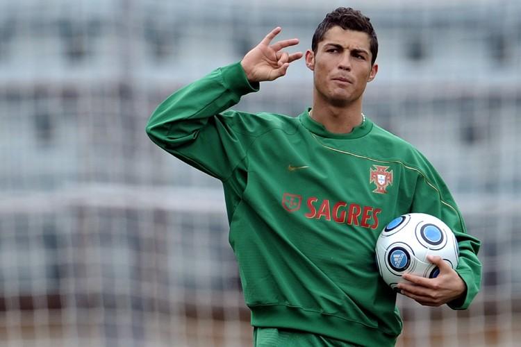 Cristiano Ronaldo est considéré par beaucoup comme le... (Photo: AFP)