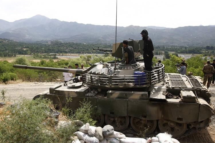 L'armée pakistanaise a lancé un assaut «tous azimuts»... (Photo: AFP)