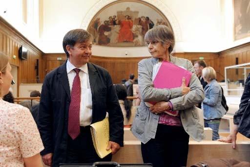 Les psychologues experts attendent le début des audiences.... (Photo AFP)
