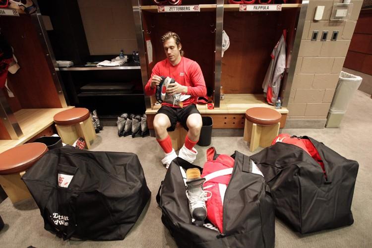 Henrik Zetterberg et les joueurs des Red Wings... (Photo: AP)