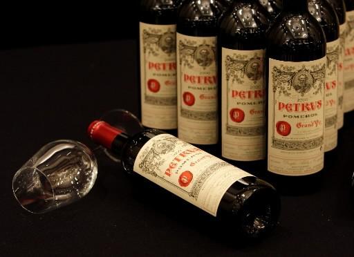 La crise économique n'a encore pas épargné le secteur viticole en... (Photo : AP)